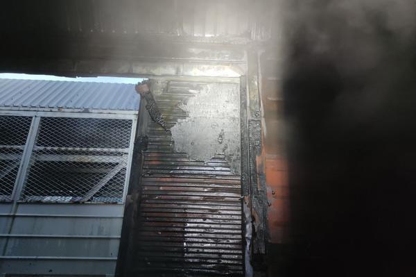 В Харькове на железной дороге произошел пожар (фото)