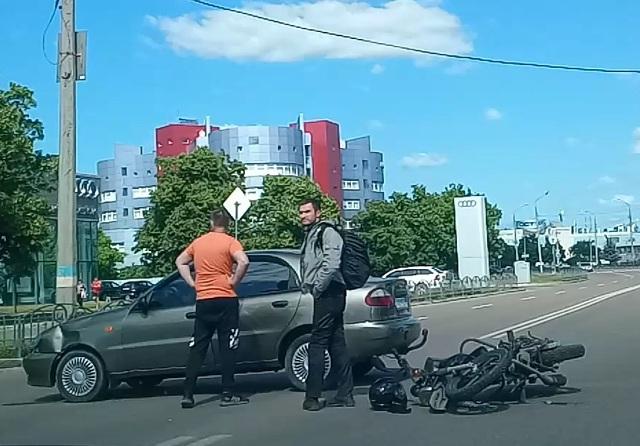 Кульбит на дороге: харьковчанин остался без имущества (видео)