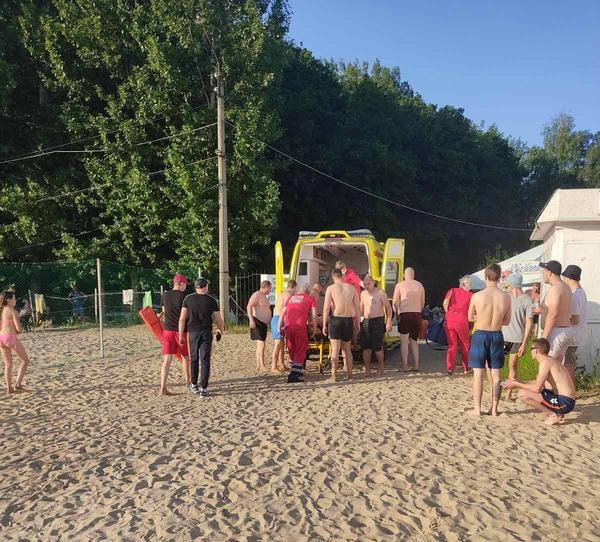 Происшествие в Харькове: мужчина с пляжа попал в реанимацию