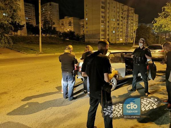 В Харькове пьяный водитель перевозил наркотики (фото)