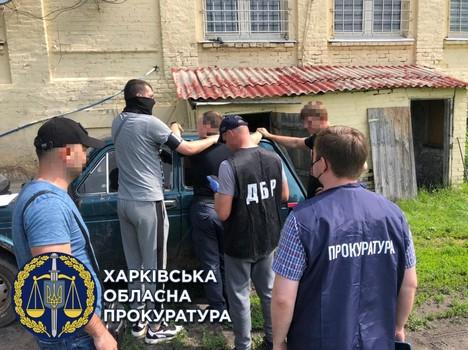 На Харьковщине сотрудник полиции попал в крупный скандал (фото)