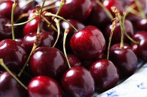 Заморозки и нашествие вредителей: каких цен ждать харьковчанам на традиционные фрукты