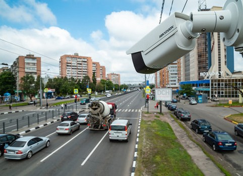 За автомобилистами в Харькове будут следить: где установят видеокамеры