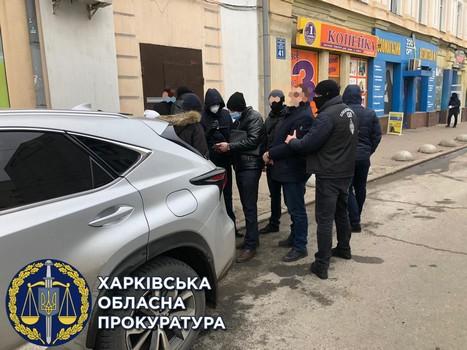 В Харькове мужчина хотел решить свои проблемы и нажил себе большие неприятности (фото)