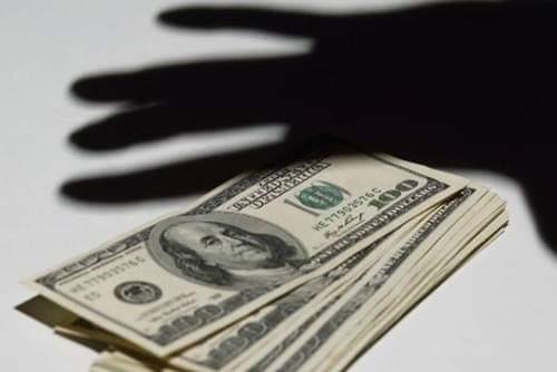 Вандалы в Харькове и «взятка» фальшивыми долларами. Итоги недели