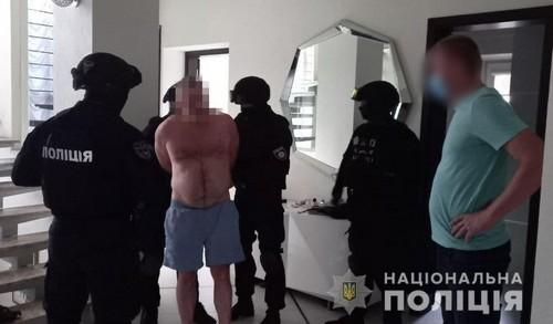 В Харькове задержали мужчину, которого разыскивали за преступление в другой стране (фото)
