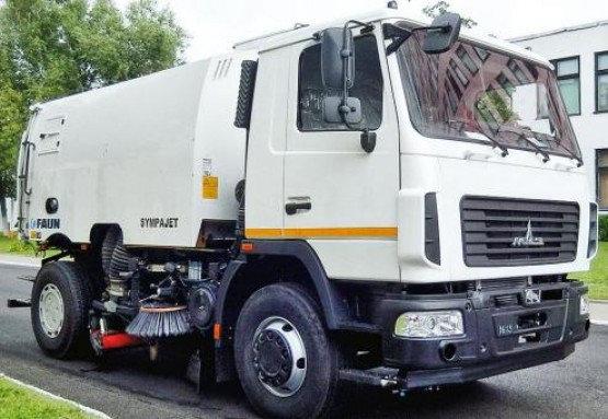 Харьков в XXI веке. 27 октября – в городе появился специальный дорожный пылесос